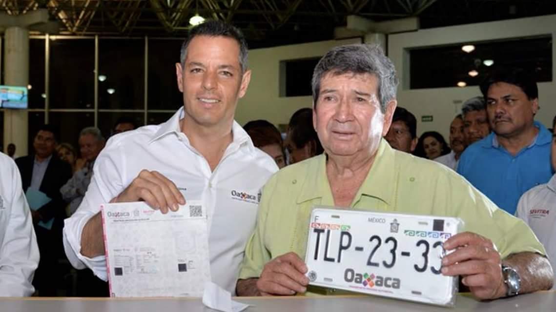 Inaugura Alejandro Murat Módulo De Emplacamiento Vehicular